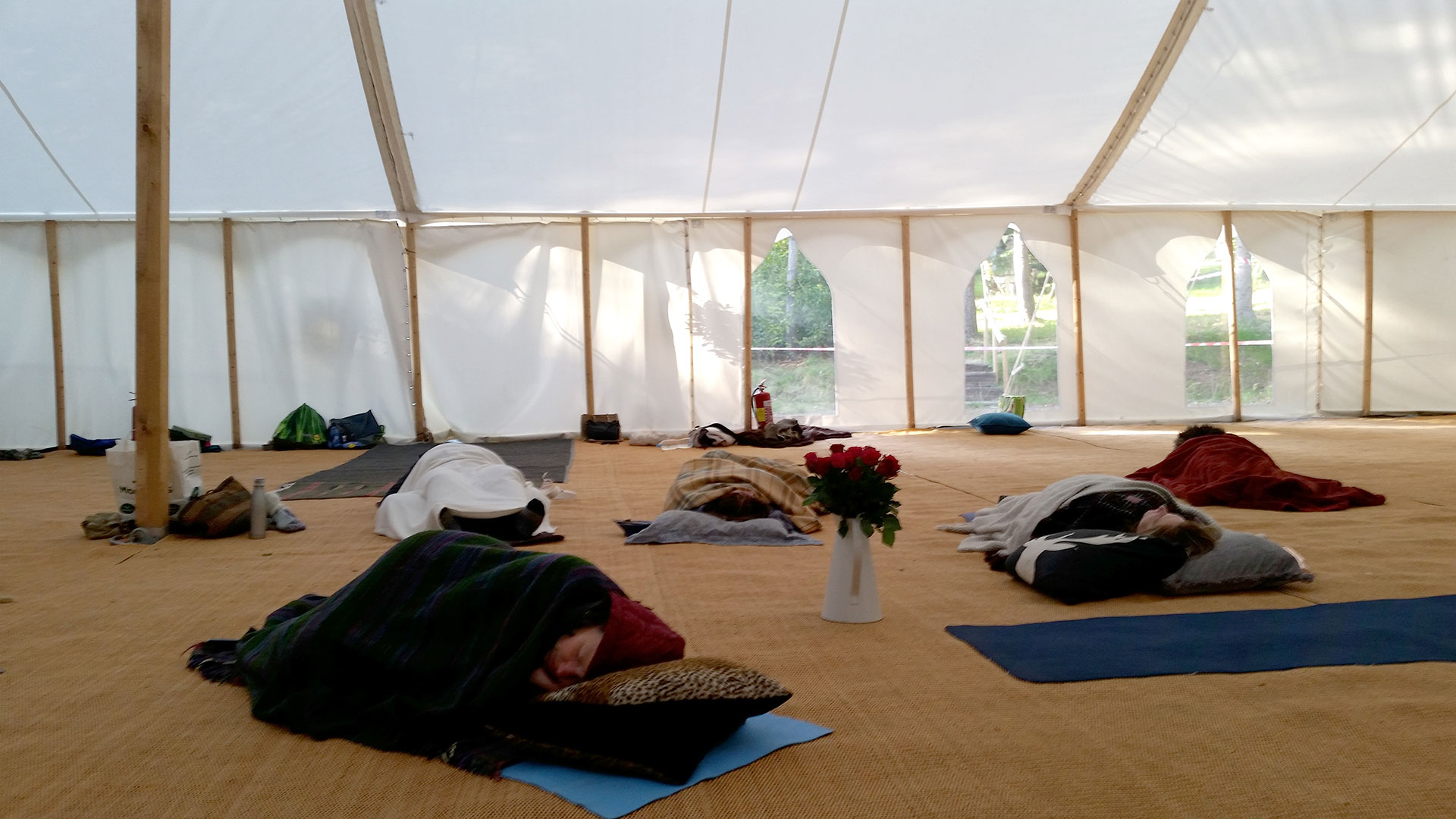 Relaxation in the marquee